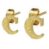 Stud de oreja en acero letra gold ip C