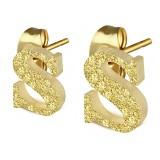 Stud de oreja en acero letra gold ip S