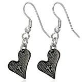 Crochet de acero 03 - corazón y cruz negro